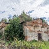 Старый храм в селе Кипеть